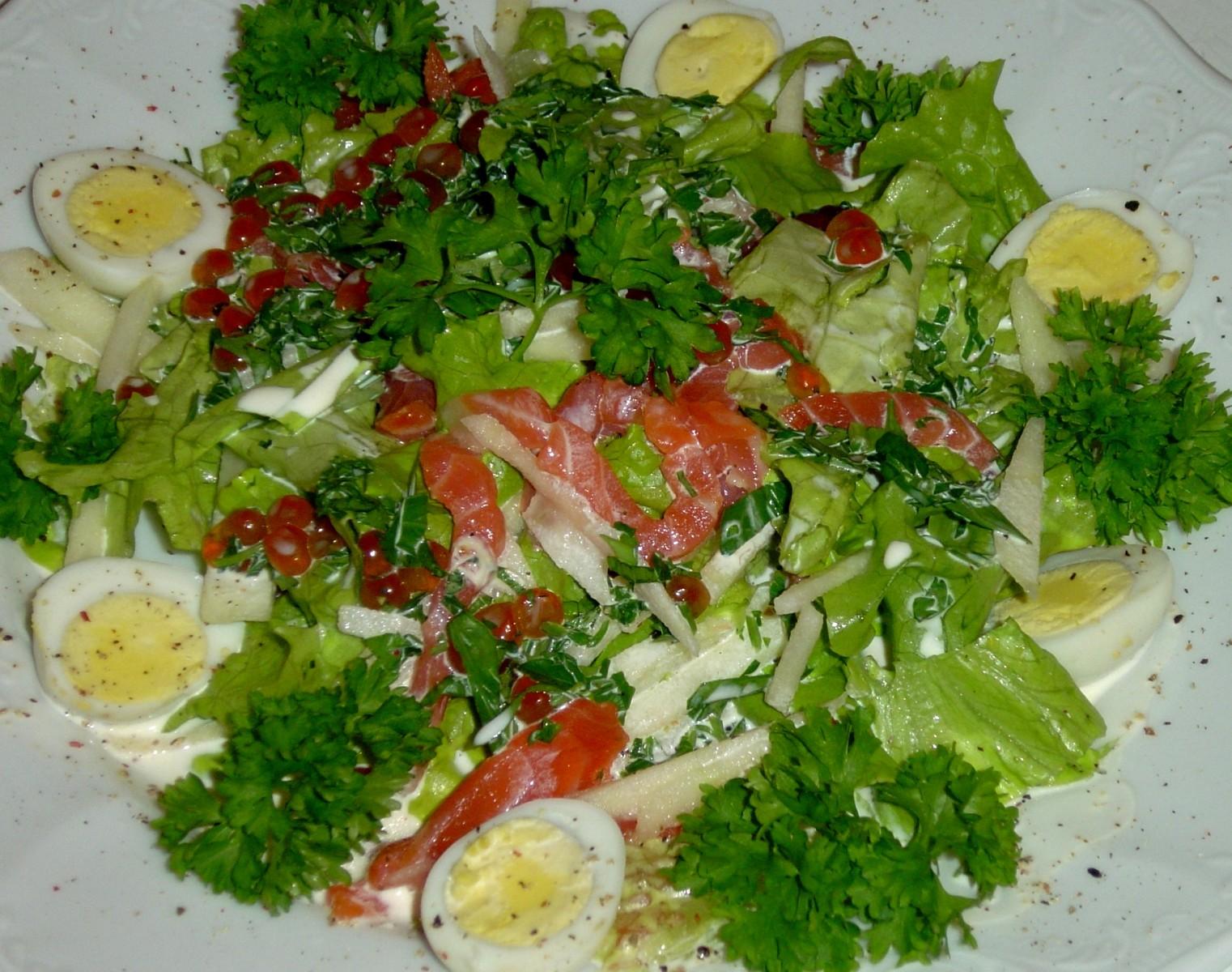 Рецепты салатов из семги малосольной с